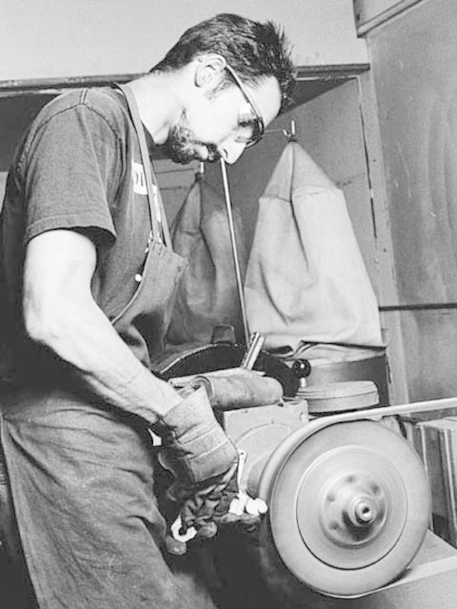 Derek Stankovich DMP Fasteners Polishing